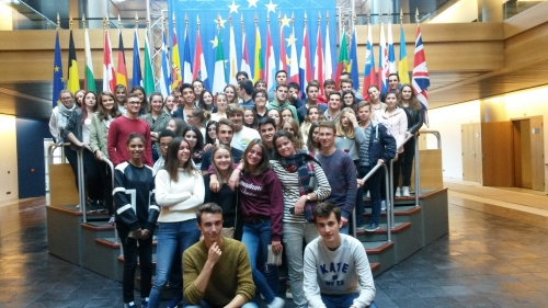 LYCEE TES PARLEMENT EUROPEEN SEPT 2015 ab10d