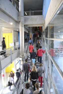 IMG 9971Escalier Lycée